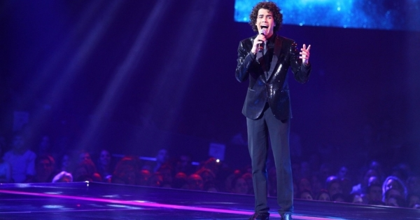 "Evangélico, Sam Alves vence The Voice cantando ""Hallelujah"". Assista!"